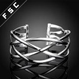 L'argento caldo di modo di vendita ha placcato il braccialetto del taglio di Crosswire per la ragazza