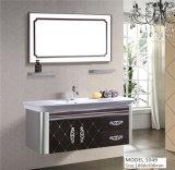 Cabina rústica blanca montada en la pared de la vanidad del lavabo del cuarto de baño