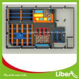 Trampolino commerciale con la parete rampicante per il trampolino di forma fisica dei parchi di divertimenti
