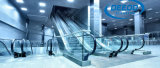 Scala mobile degli edifici per uffici dell'aeroporto della metropolitana del sottopassaggio