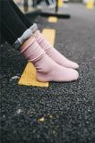 Il polsino registrabile comodo di modo colpisce con forza la calza della ragazza di buona qualità di colore solido
