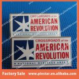 Значок Pin отворотом металла звезды процесса печатание фабрики Alibaba изготовленный на заказ для сбываний