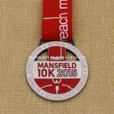 Медаль 2015 марафона Mansfield 10k достигаемости промотирования изготовленный на заказ