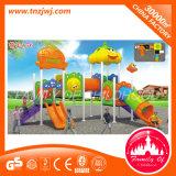 Kindergarten scherzt Plastic Outdoor Spielplatz-Plättchen-Zelle
