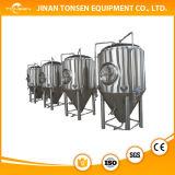 De Apparatuur van het bier, de Gebruikte Apparatuur van de Brouwerij met Volledige Alcohol/de Apparatuur van de Distillatie van de Ethylalcohol