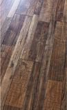 カスタマイズ可能な世帯/コマーシャル8.3mm E0 E1 HDF AC3/AC4の芸術の寄木細工の床の合成の薄板にされたフロアーリング