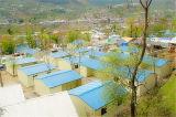 Edifício móvel/modular do painel de sanduíche claro do frame de aço/pré-fabricou/as casas vivas acampamento Prefab