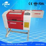Découpage de laser et machine d'Engravinf avec l'emplacement de travail 500*300mm
