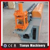 Roulis en acier de porte d'obturateur de rouleau de découpage hydraulique formant la machine