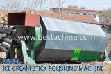 木製Ieのクリーム色の棒機械、機械を作る氷のスプーン