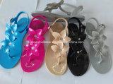 Ботинки сандалии вскользь женщин студня PVC кристаллический