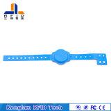 Wristband elegante azul modificado para requisitos particulares del PVC RFID para la salida expresa