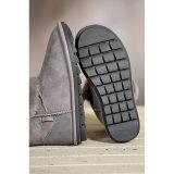 全くハンドメイドの二重表面羊皮の女性のブートの方法冬の靴