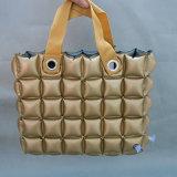 Goldfarbe Belüftung-oder TPU aufblasbare Luftblasen-Handtaschen für Strand oder das Kampieren