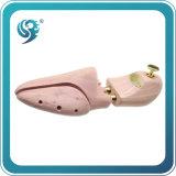 小売りされた木の靴の伸張器、靴の木