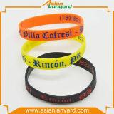 Kundenspezifischer SilikonWristband mit förderndem Geschenk