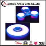 La vendita calda fluorescente illumina in su il filatore Emettere luce-in--Scuro di irrequietezza della girobussola LED della mano