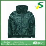 Hombres con capucha de cuero impermeable Material Jacket