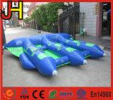 Barco inflable de los pescados de la mosca para el juego del agua