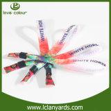 Bracelets promotionnels polychromes pour des cadeaux de festival de musique