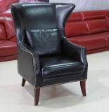 Silla del sofá de la silla de la sala de estar con la parte posterior del colmo