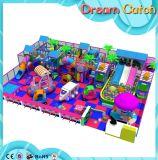 Strumentazione dell'interno del campo da giuoco di ricreazione creativa per i bambini
