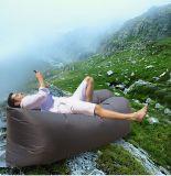 膨脹可能な空気Loungerのキャンプのスリープの状態である不精な袋のたまり場の携帯用空気膨脹可能なソファー