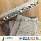 Белая панель сота камня мрамора цвета для украшения кухни