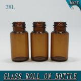 antike glatte leere Glasmessingrolle der phiole-3ml auf Flasche