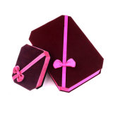 Personnaliser le cadre de bijou d'emballage de cadeau de papier fabriqué à la main avec la bande