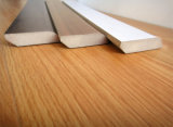 積層の床のためのフロアーリングのアクセサリの使用