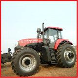 、農場トラクター動く、220HP Ytoの農業トラクター(YTO--LX2204)