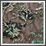 Ricamo della maglia con il ricamo del fiore dei Sequins con i Sequins