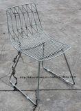 ワイヤーレストランの庭の居間の椅子を食事する余暇の金属