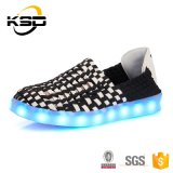 LEIDENE van de heet-verkoop Schoenen met Batterij USB Ten laste in de Schoenen van Sporten