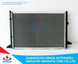 Pour Volkswagen Passat 1.8I / 2.0I 1993 Mt Tube Radiator Automobile Water Tank