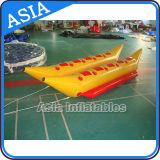 PVC防水シートの膨脹可能なドラゴンのバナナボート、膨脹可能なTowableボート、膨脹可能なトンボ
