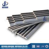 Anti Slip Concrete Tile Alumínio Carborundum Stair Nosing
