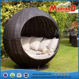 Daybed moderno della mobilia del giardino del rattan del PE