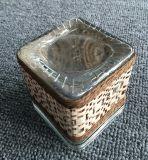 広い口の正方形のガラス蝋燭のコップ