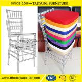 Cadeira de Chiavari do policarbonato. Cadeira de Tiffany para o casamento