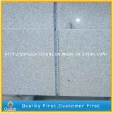 L'escompte a poli/granit blanc rectifié de perle pour le mur de cuisine/carrelages
