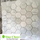 Azulejo de suelo blanco de mosaico de la piedra del azulejo del hexágono de Carrara de la venta caliente