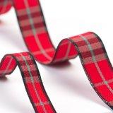 衣装袋のための赤い小切手のリボン