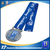 Покрывая эмалью медаль для промотирования (ele-medal-085)
