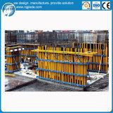 Molde da parede do feixe da madeira para a construção de edifício de derramamento concreta da parede