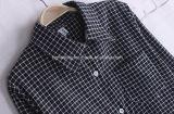 Schwarzes Plaid-Frauen `S Baumwollhemd