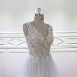 Der Braut Schatz und die Brautjunfer kleidet an (XF16012)