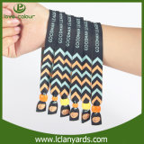 Usine colorée faite sur commande de bracelets de tissu d'arrivée neuve