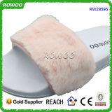 Enxerto do conforto da sandália da corrediça das mulheres no deslizador do inverno (RW29595)
